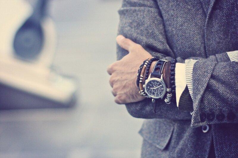 Ювелирные изделия для мужчин уже давно предмет бурных дискуссий за и против